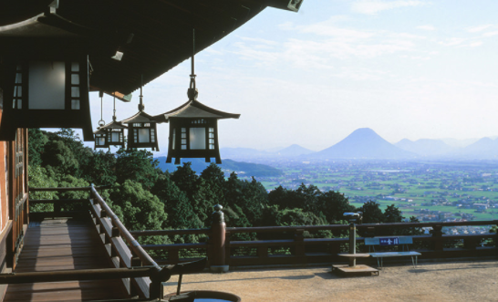 Kotohiragu shrine is the most popular tourist spot in Kagawa.